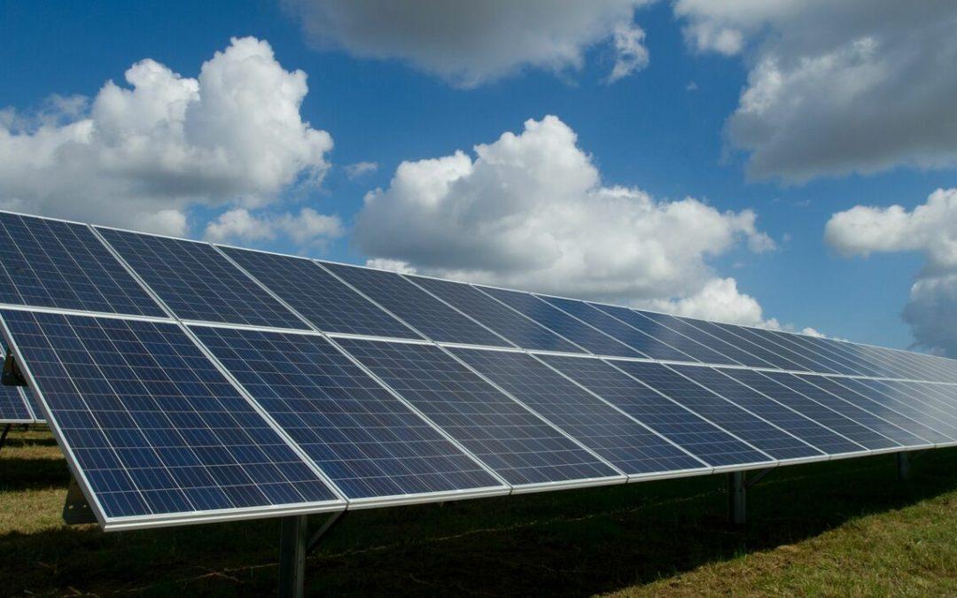 hep erwirbt zwei Solarprojekte in denUSA